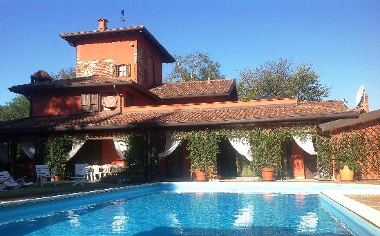 La Bressanella Bed & Breakfast