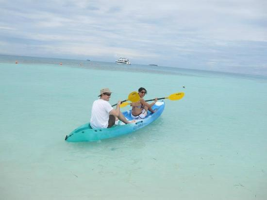 Meeru Island Resort & Spa: kayaking