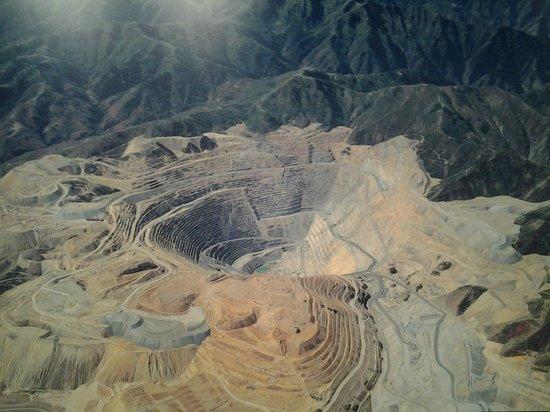 Bingham Canyon Mine: Mine pit