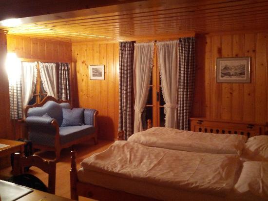 Posthotel  Roessli: La mia camera uso singola