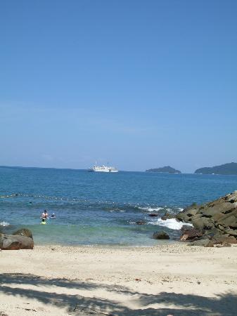 Sutera Harbour Resort (The Pacific Sutera & The Magellan Sutera): магеллановский пляжик