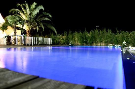 Sagone, France: l'espace piscine