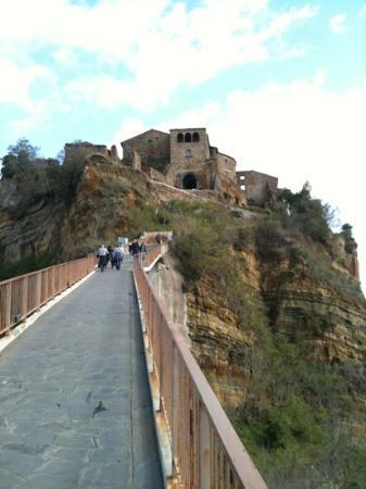 Il Paese Che Muore Picture Of Civita Di Bagnoregio Province Of