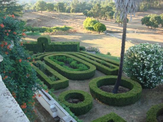 Quinta de Sao Jose dos Montes : Jardim de Buxos
