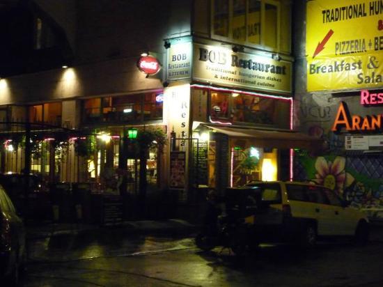 L 39 esterno del locale bob restaurant budapest f nyk pe for L esterno del ristorante sinonimo