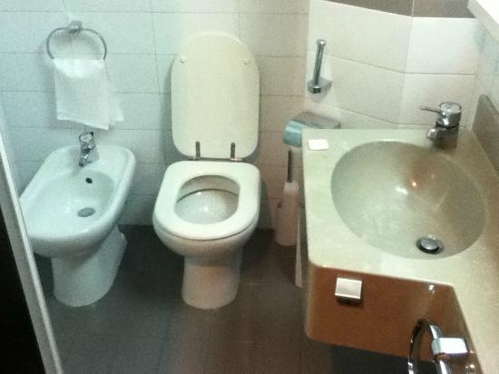 Photo   Basin  sink   Toilet and a uh  Buday    I think it s called. Shower stall   very small      Picture of Hotel Boston  Bari