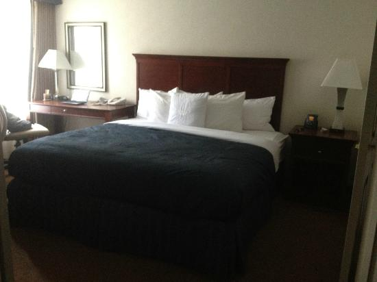 Homewood Suites by Hilton Memphis-Poplar: Bedroom