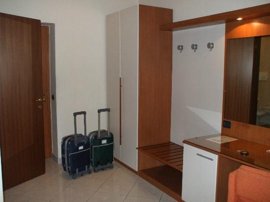 Hotel Del Corso: armario