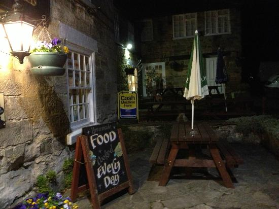 Forresters Arms: Exterior at night!