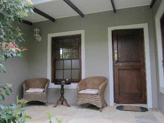 Schoone Oordt Country House: Room's patio/entrance