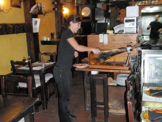 La Tasca de Mi Abuelo : intrede restaurant