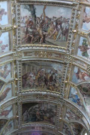 Chiesa dei Santi Apostoli: Interieur Santi Apostoli