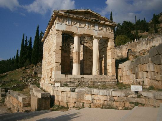 The theatre at Delphi - Picture of Delphi Ruins, Delphi ...