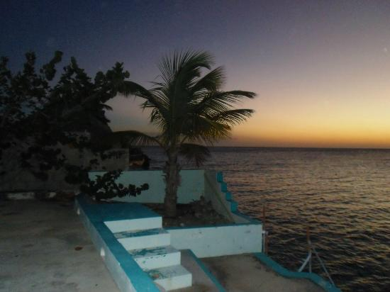Bonaire Happy Holiday Homes: Bonaire at night