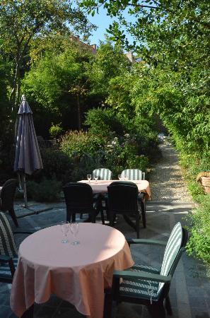 giardino e laghetto - Picture of La Mia Cucina, Brussels - TripAdvisor