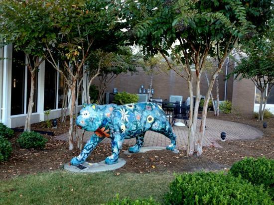 Hilton Garden Inn Auburn/Opelika : Just outside the dining room