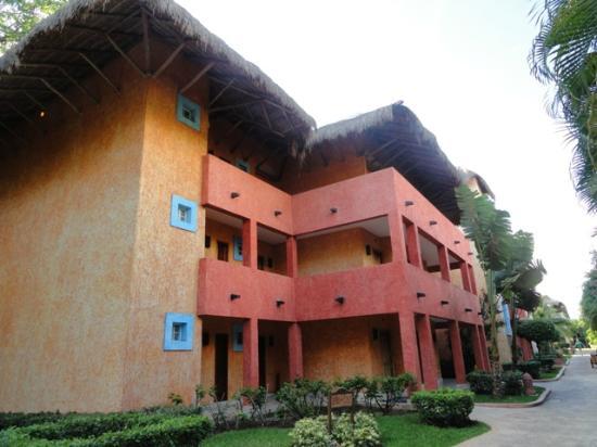 Iberostar Quetzal Playacar: Edificios individuales de habitaciones