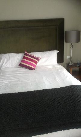 رقم 1 بيري سكوير هوتل آند سبا: Lovely comfortable bed 