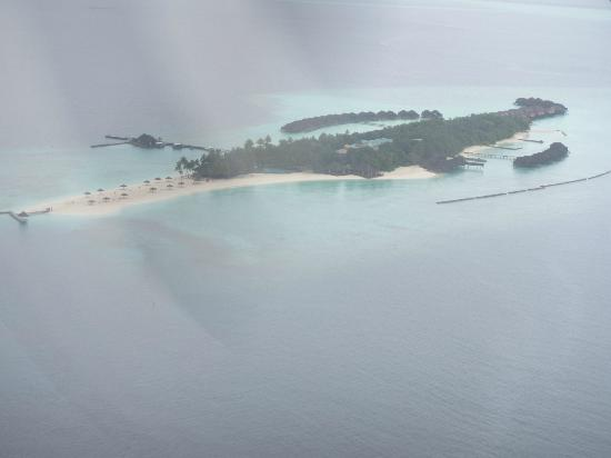 Veligandu Island Resort & Spa: View of Veligandu from seaplane