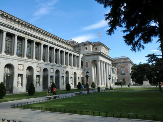 Frontansicht - Picture of Prado National Museum, Madrid ...