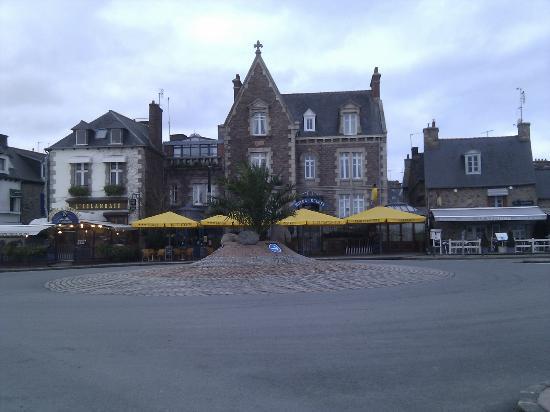 Hotel Le K'Loys : Façade de l'hôtel