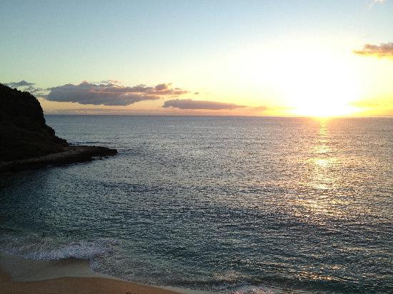 Makaha Beach Cabanas: your view every night