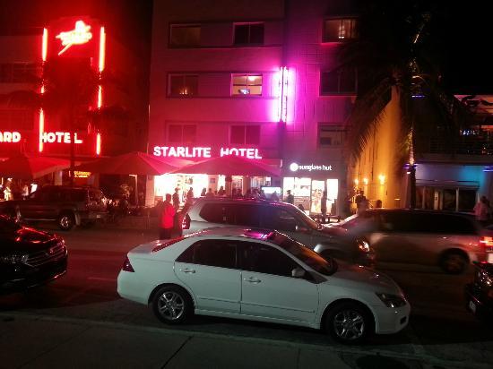 Starlite Hotel: Frente del Hotel