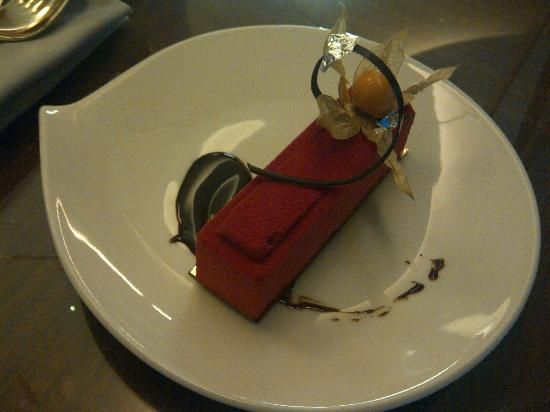Grand Hotel Kempinski Geneva: chocolate mousse