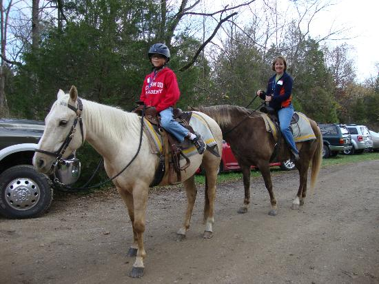 Confederate Trails of Gettysburg : We were comfortable on the horses