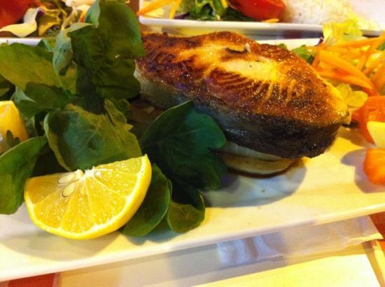 Urkmez Hotel: salmon
