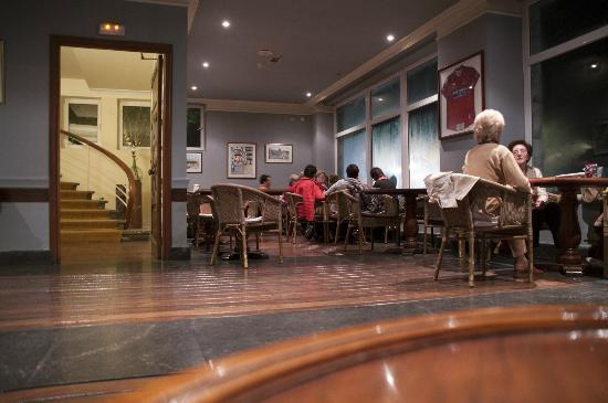 Aisia Zita Hotel Emperatriz: Le bar