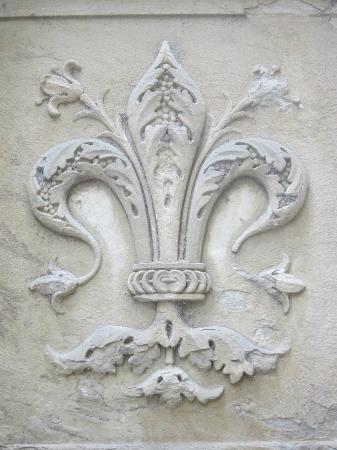 Relief in the courtyard of the Church of Santa Maria Novella