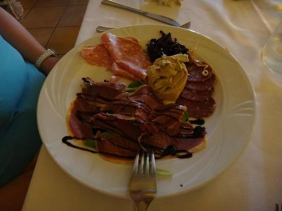 Osteria dei Pescatori: Duck appetizer (mix)