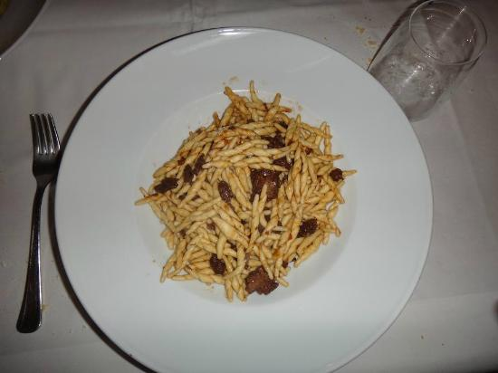 Osteria dei Pescatori: Pasta with duck meat
