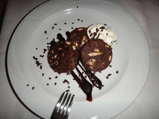 Osteria dei Pescatori: Chocolate dessert