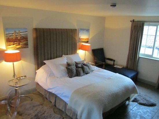 The White Swan Inn: Hideaway double room