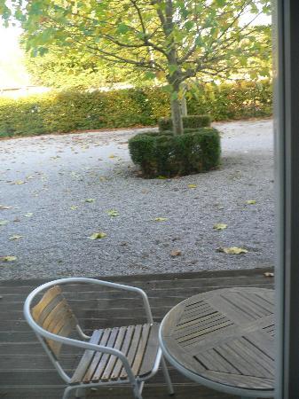 Les Jardins D'Ulysse: Vue sur cour