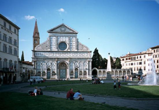 Hotel Laurus al Duomo: Piazza Santa Maria Novella