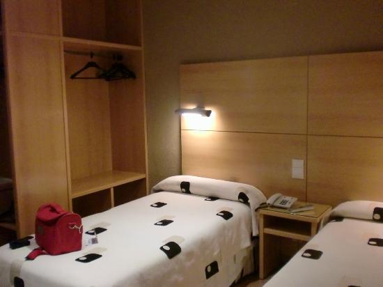 Serrano : Dormitorio
