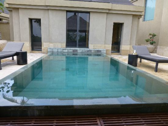 Amanjiwo Resorts: Piscine privée de la suite