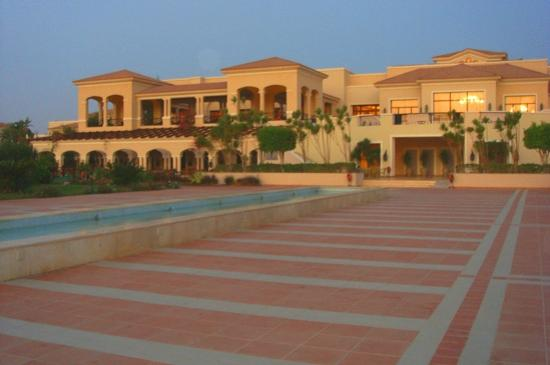 Jaz Mirabel Beach: Main building