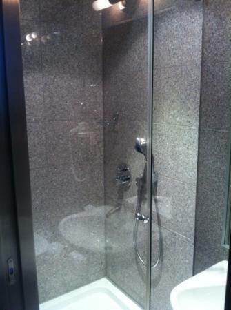 Ivbergs Premium: Badezimmer in Marmor