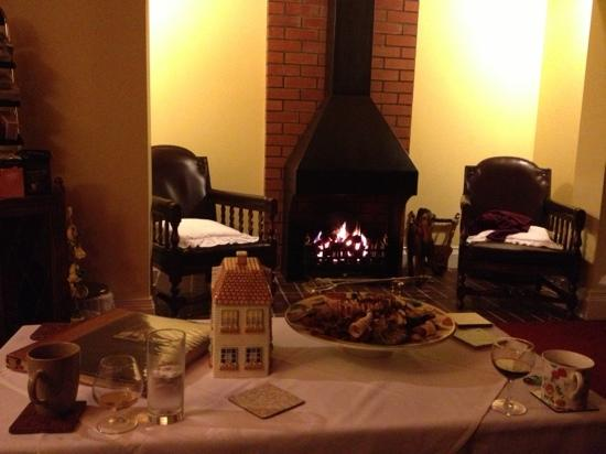 The Old Schoolhouse Inn: relax after dinner