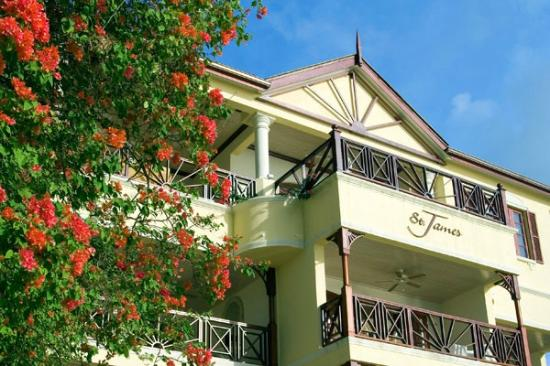 St James Apartments Paynes Bay