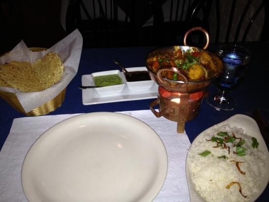 Sapphire Restaurant & Lounge: vegetarian curry...