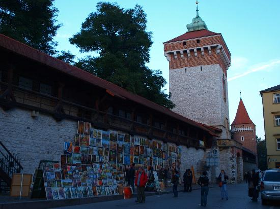 Historic Old Town: St Florian Gate and city walls