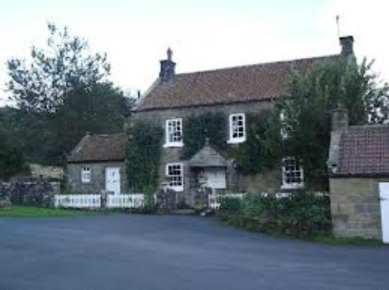 Laskill Grange: Farmhouse front