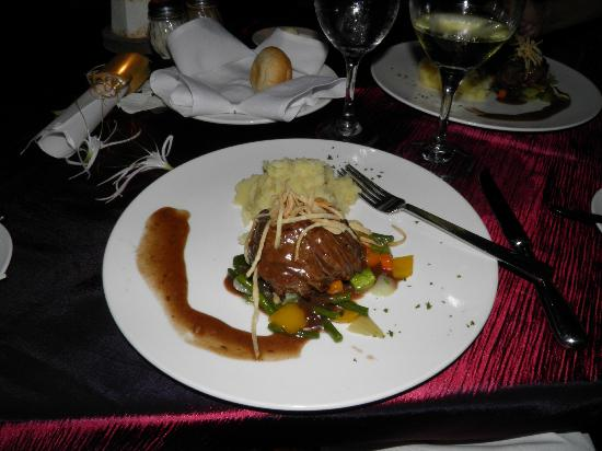 Sanctuary Cap Cana by Playa Hotels & Resorts: Our main course for our anniversary dinner