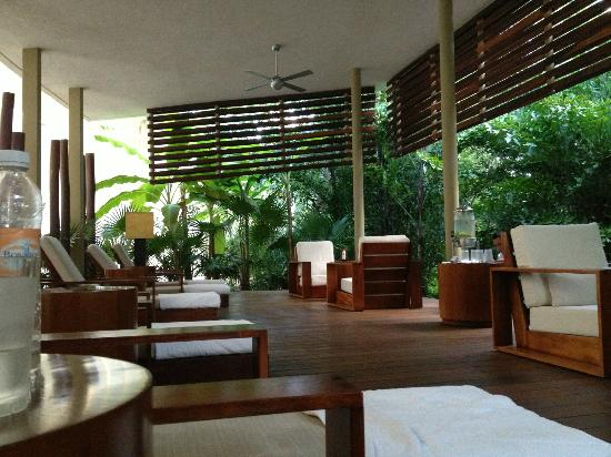 Rosewood Mayakoba: Spa outdoor relaxation area