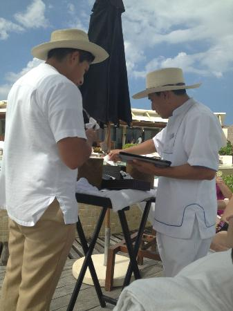 Rosewood Mayakoba: Our IPad gets the royal treatment